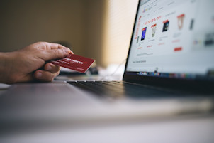 Why 80 Percent of Americans Shop Online